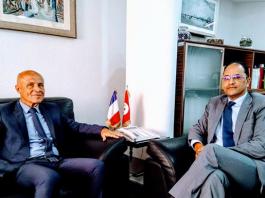 Slim Khalbous a reçu Olivier Poivre d'Arvor au siège du Ministère