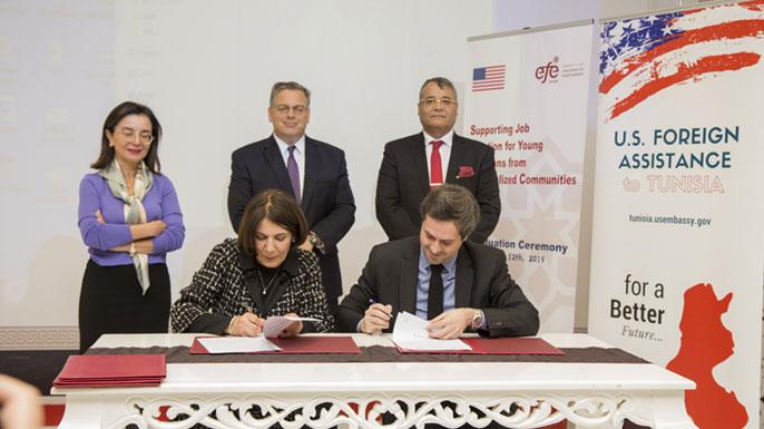 Fondation-EFE-et-l'ambassade-américaine