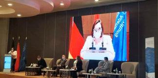 Mme Mounira BOUZOUITA, M. Khaled ZRIBI, Dr Holger DIX, Mme Henda BRADAI et M. Mohamed ROUACHED